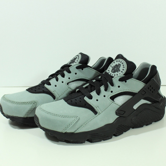 sneakers for cheap bfc93 c9307 Nike Air Huarache Run Mica Black Green Mens Sz 6